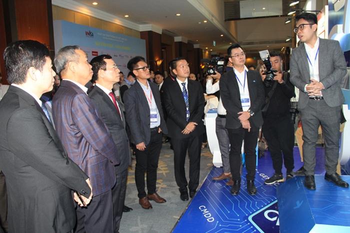 Việt Nam phải bảo vệ được chủ quyền, thịnh vượng quốc gia trên không gian mạng - Ảnh 2.