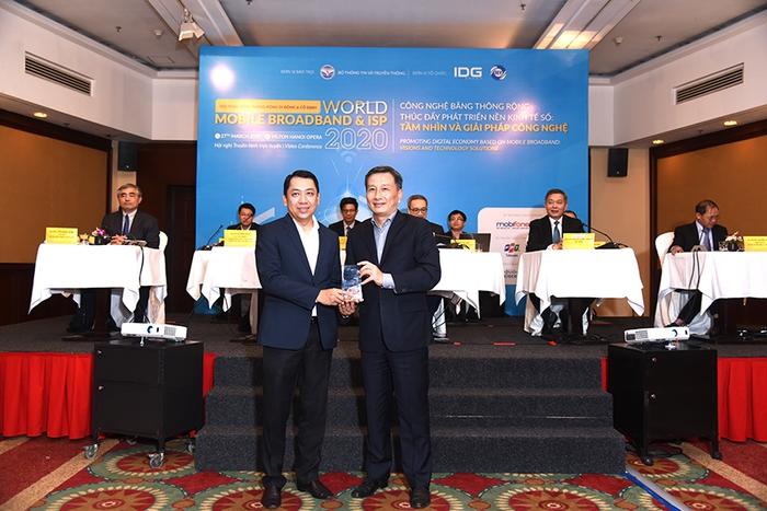 Viettel, VNPT, FPT, MobiFone nhận các giải thưởng chất lượng dịch vụ, CSKH băng rộng 2020 - Ảnh 2.