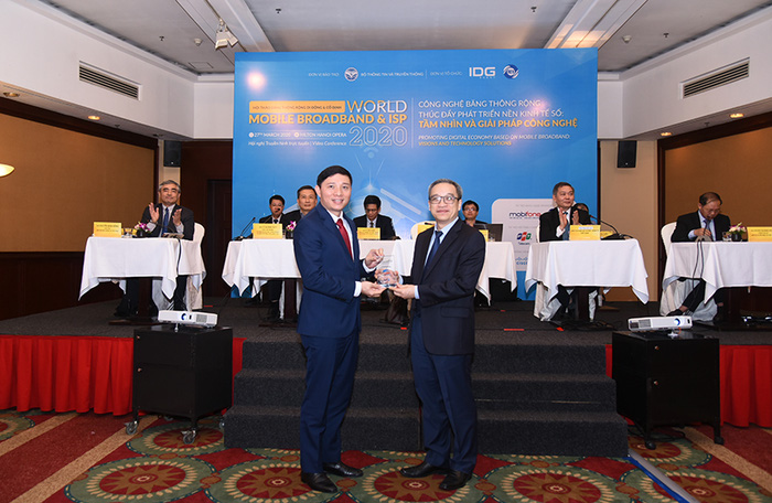 Viettel, VNPT, FPT, MobiFone nhận các giải thưởng chất lượng dịch vụ, CSKH băng rộng 2020 - Ảnh 1.