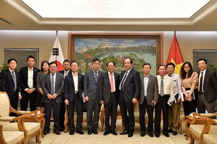 Xây dựng mô hình điểm vừa chống dịch vừa thúc đẩy quan hệ Việt Nam-Hàn Quốc - Ảnh 2.