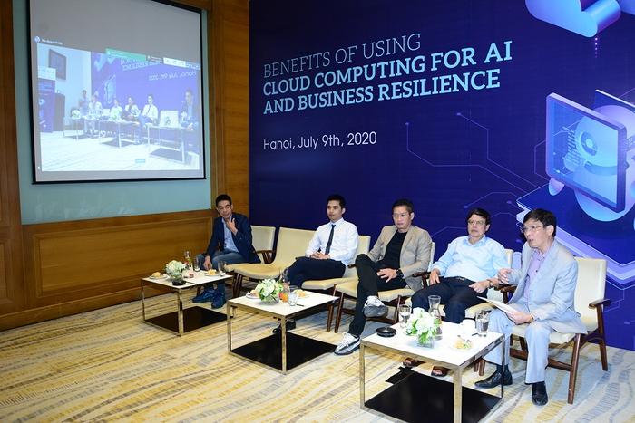 Ứng dụng AI, đám mây là xu hướng bắt buộc, cốt lõi cho chuyển đổi số - Ảnh 1.