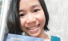 Cô gái tật nguyền làm thư viện miễn phí cho bạn đọc địa phương