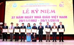 Bộ trưởng Nguyễn Mạnh Hùng chúc mừng Học viện công nghệ BCVT nhân Ngày nhà giáo Việt Nam