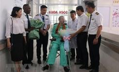 Báo chí Anh phản ánh đậm nét việc bệnh nhân 91 tại Việt Nam xuất viện