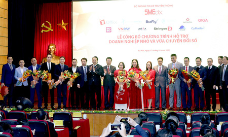 """Bộ TT&TT công bố 12 nền tảng """"Make in Viet Nam"""" hỗ trợ DN nhỏ và vừa chuyển đổi số"""