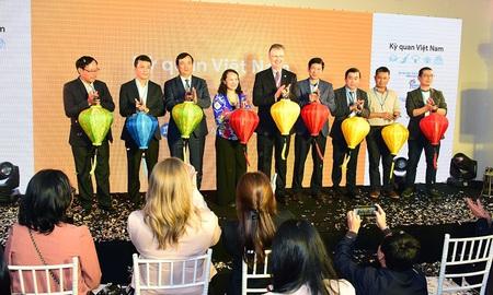 Google đưa các kỳ quan Việt Nam lên mạng